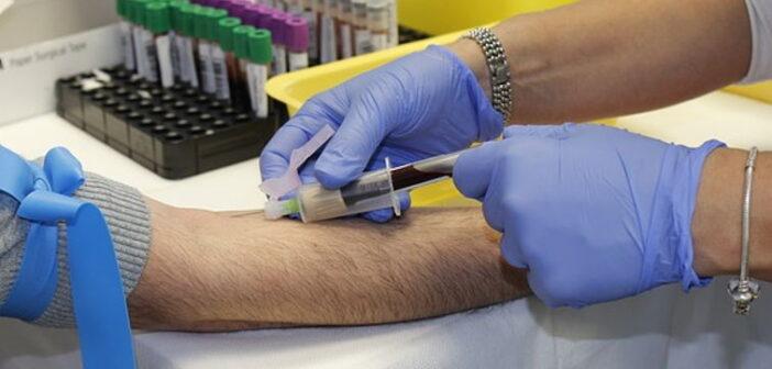 Bakterielle Infektion - Knie Punktion im OP | Foto: kniemarathon.de