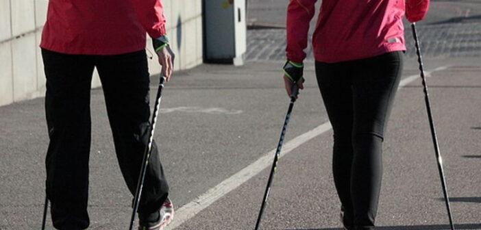 Arthrose im Knie - Nordic Walking