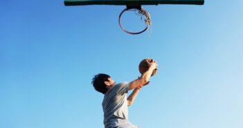 Jumpers Knee - Das sogenannte Springerknie ist vor allem im Ballsport ein Problem
