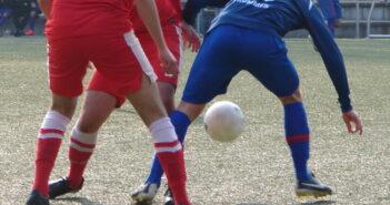 Wiedereinstieg im Fußball nach Kreuzbandriss