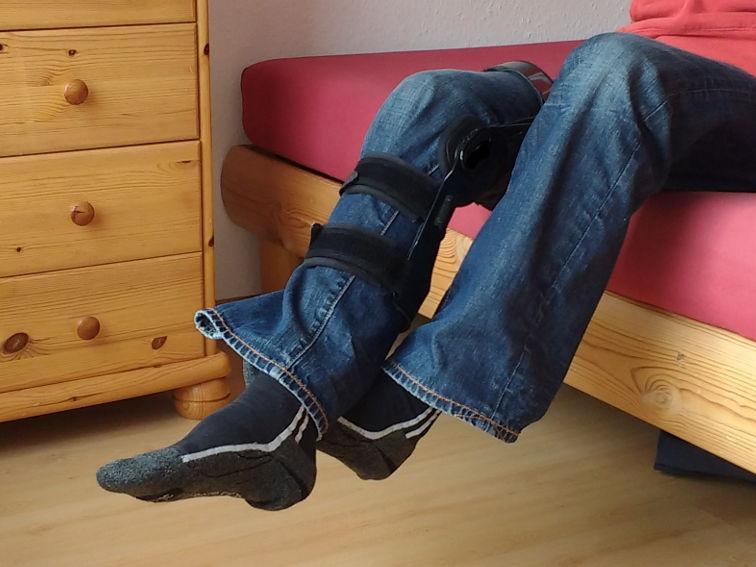 bungen f r zuhause nach knie op. Black Bedroom Furniture Sets. Home Design Ideas