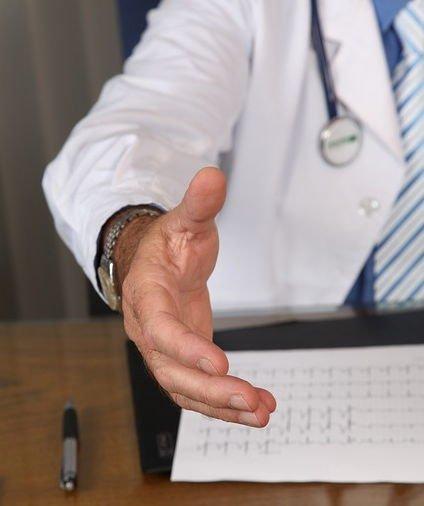 Aufklärung über Schmerzen nach Kreuzband-OP