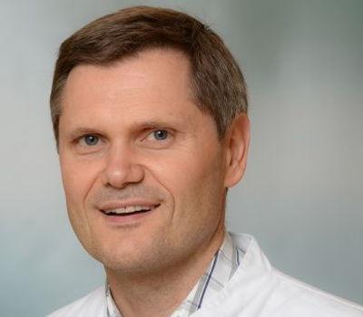 Kniespezialist Prof. Dr. Karl-Heinz Frosch
