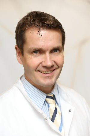 Kniespezialist Prof. Dr. Wolf Petersen