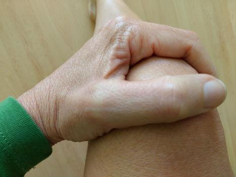 Knack-Test im Kniegelenk